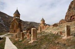Surb Astvatsatsin och Surb Karapet kyrkor, Noravank, Armenien Arkivfoton
