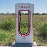 Surchauffeur de Tesla dans Flatonia, le Texas, Etats-Unis Photo stock