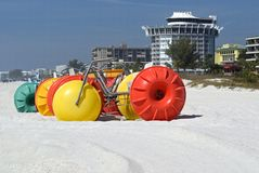 Surf bikes and hotel Royalty Free Stock Image