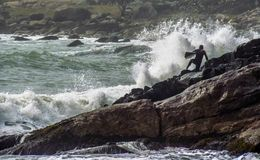 Free Surf In Rocks Stock Photos - 100372053