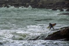 Free Surf In Rocks Stock Photography - 100372112
