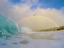 Surfa för regnbåge Arkivfoton