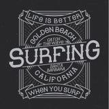 Surfa typografi, t-skjorta diagram Royaltyfri Fotografi