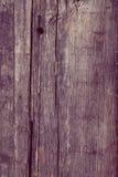 Surface approximative de planche en bois avec le trou de clou et les fissures, texture Image libre de droits