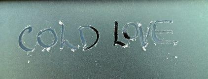 Surface de Frost avec amour de froid des textes Photographie stock