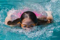 Surface de plongée de fille Image libre de droits