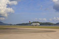 Surface des lignes aériennes locales chez les Seychelles internationales Photos libres de droits