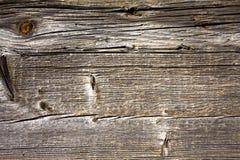 Surface en bois superficielle par les agents avec des noeuds et des fissures Images libres de droits