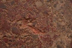 Surface historique antique rougeâtre à l'intérieur d'un bâtiment images stock