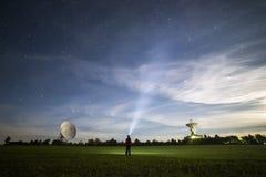 Surfando o céu noturno Foto de Stock Royalty Free