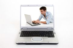 Surfar no computador portátil Foto de Stock Royalty Free
