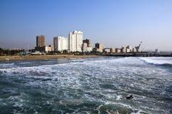 Surfare i vattnet av den norr stranden Durban Fotografering för Bildbyråer