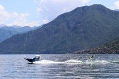 Surfare på sjön Royaltyfri Bild