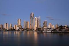 Surfare paradis, Gold Coast solnedgång Royaltyfri Foto
