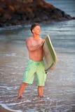 Surfare som ut ser Royaltyfri Bild