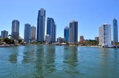 Surfareparadishorisont - Gold Coast Queensland Australien Arkivfoto