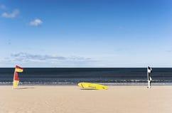 Surfboard и флаги личных охран Стоковое Изображение RF