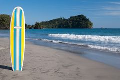 Surfboard on Beach Royalty Free Stock Photos
