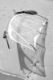 surfboard plażowy łgarski wiatr Zdjęcie Stock