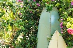 2 surfboards и †девиза «едят, спят, занимаются серфингом Стоковые Изображения