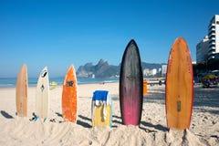 Surfboards na Ipanema plaży, Rio De Janeiro, Brazylia zdjęcia stock