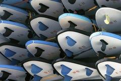 Surfbretter im Anhänger Stockfotos
