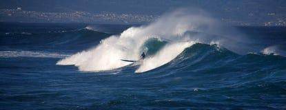 Surfen an Ho ` okipa Lizenzfreie Stockfotografie
