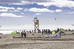 Surfender Strand des Drachens auf Fuerteventura, Kanarische Inseln stockbild