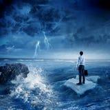 Surfendes Meer auf Eisscholle Lizenzfreies Stockfoto