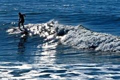 Surfer Photos libres de droits