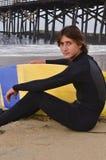 Surfer d'adolescent mâle Photos stock