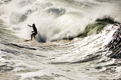 Surfer im shorebreak Lizenzfreies Stockfoto