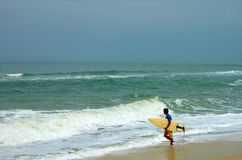 Surfer in Itauna Stock Photos