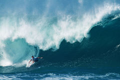 Surfer Jordy Smith Surfing Pipeline in Hawaii royalty free stock photography