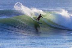 Surfer-Kurve-Spray-Schwellen Stockbild