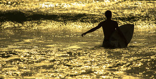 Surfer ` s Morgen Stockbild