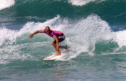 Surfer surfant de champion du monde de Kelly Slater Photo libre de droits