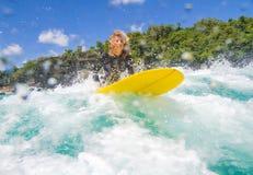 Surfermeisje Stock Foto's