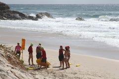 Surfers à la plage des surfers paradis, Queensland, Australie Photographie stock libre de droits