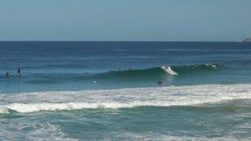 Surfers στην παραλία ipanema στο Ρίο de janeiro στοκ φωτογραφίες με δικαίωμα ελεύθερης χρήσης