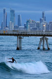Surfers στον παράδεισο Queensland Αυστραλία Surfers Στοκ εικόνα με δικαίωμα ελεύθερης χρήσης