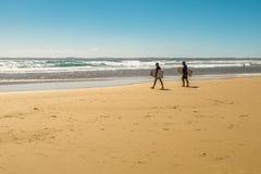 surfers στοκ φωτογραφία με δικαίωμα ελεύθερης χρήσης