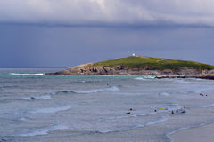 Free Surfers At Fistral Beach Bay In Newquay At A Cloudy Day Royalty Free Stock Image - 93963976