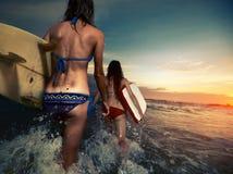 Surfers avec des conseils Photos libres de droits