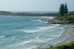 Surfers bij een strand Stock Foto