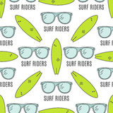 Surfing patterns. Summer seamless design with surfer glasses, surfboards.   Royalty Free Stock Photography