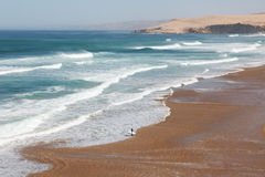 surfing plażowe duży fala Obrazy Stock