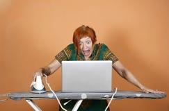 Surfing sur Internet Photos libres de droits