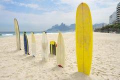 SurfingbrädaIpanema strand Arpoador Rio de Janeiro Arkivbild