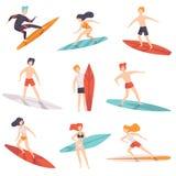 Surfingowów ludzie jedzie surfboards ustawiają, młodej kobiety amd mężczyzna cieszy się wakacje na oceanu wektorze lub morzu ilustracji